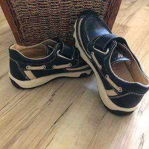 Naturino boys boat shoe new size 2 navy blue